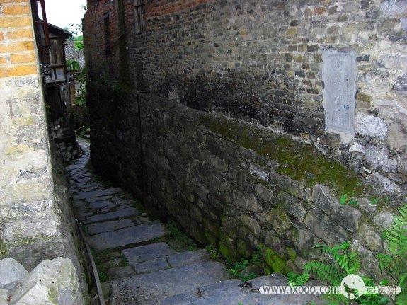 大圩古镇通往狮子码头的巷子