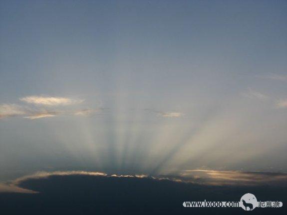 日落后的高原天空
