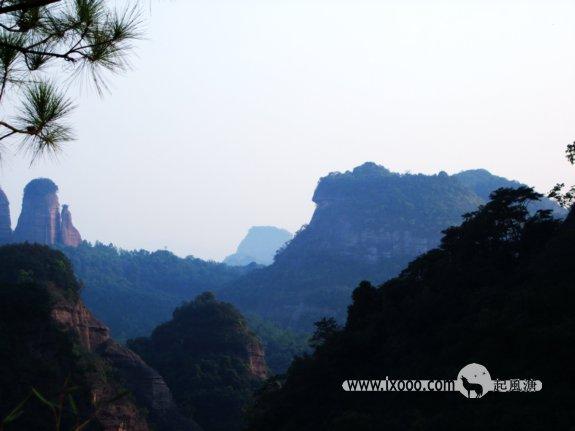 丹霞山——奇峰叠翠