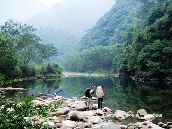 Mo与阿菜在人间仙境一般的天堂河谷——太平河