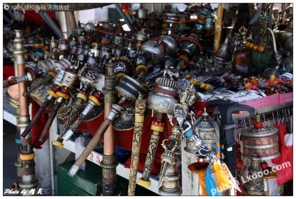 转经筒等藏传佛教道具·西藏拉萨