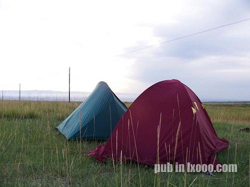 AM7H13M,我们在巴里坤县城郊区草原上的帐篷