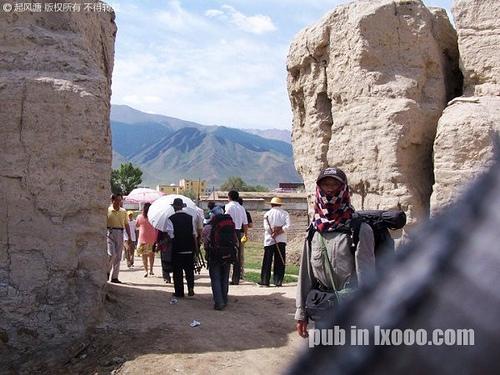巴里坤县城的老城墙