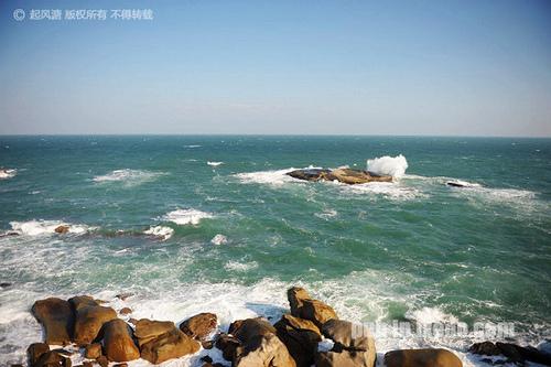 红海湾遮浪半岛东南面礁石区的惊涛骇浪