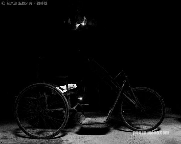 洪江古商城的古董单车