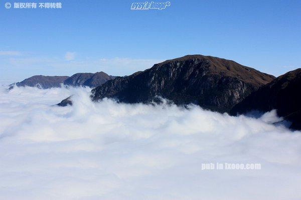 九龙山顶的云海