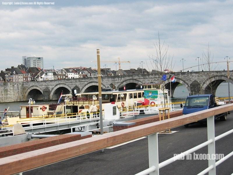 马斯垂克 桥墩 船坞 照片