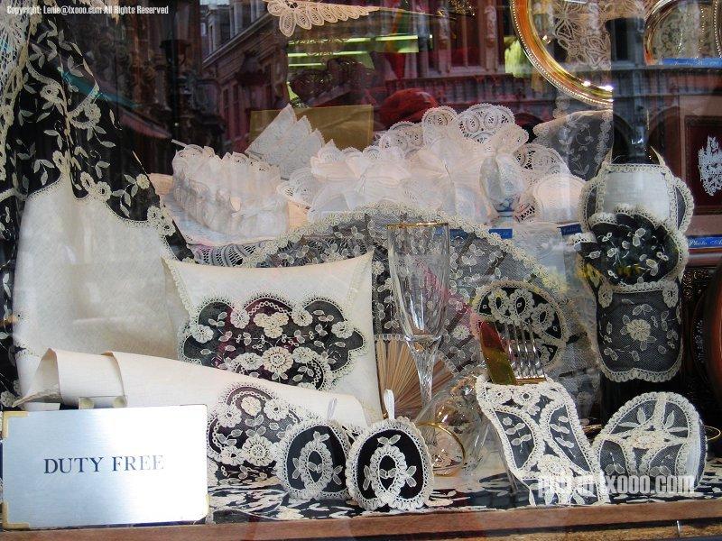布鲁塞尔精湛的手工编织蕾丝