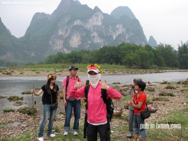 桂林漓江边的若水