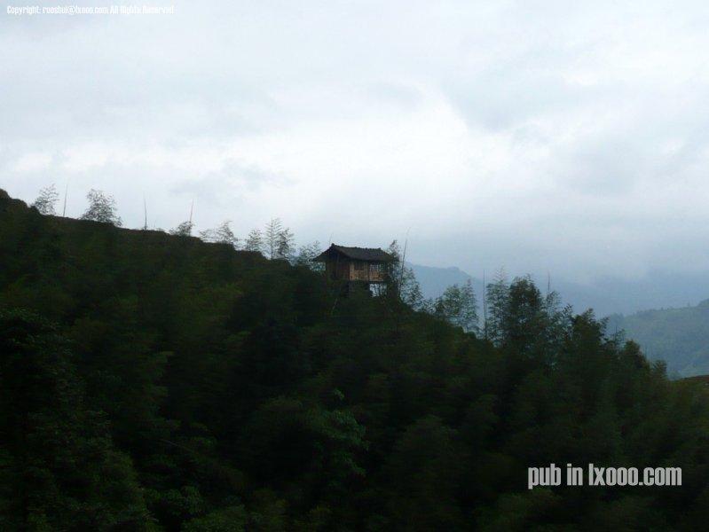 龙胜山上的木屋
