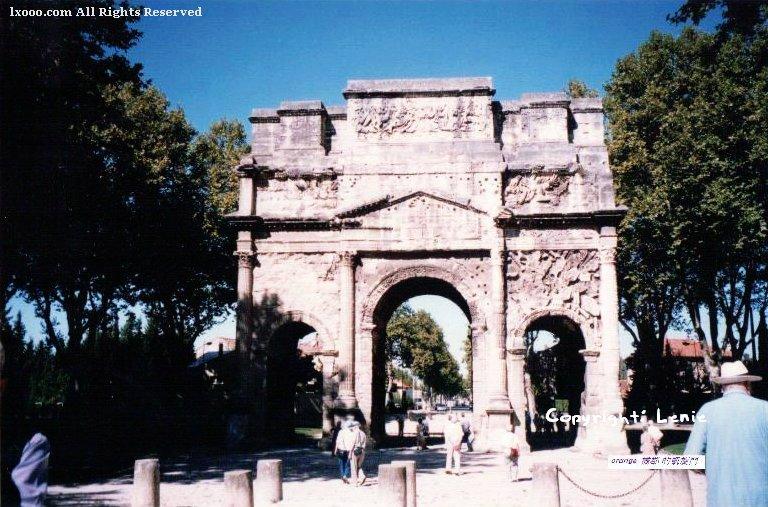 桔城的凯旋门