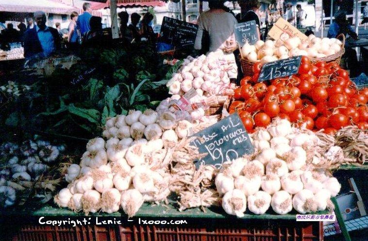 普罗旺斯 Provence 市集 大蒜 西红柿