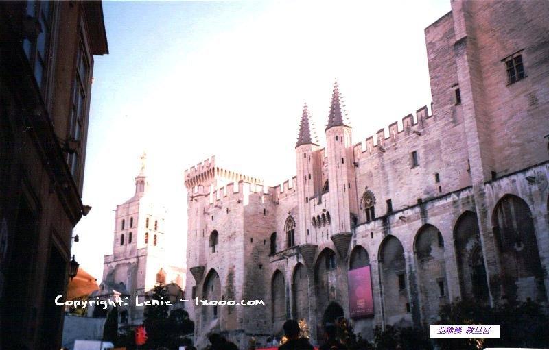 亚维农教皇宫(Palais des Papes)