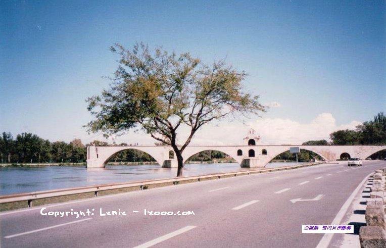 亚维农圣贝内泽桥(Pont St-Benezet)