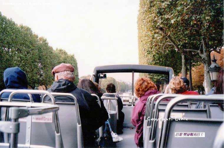 巴黎的观光巴士