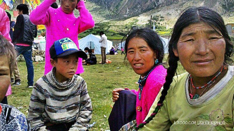 果(俄)拉村的藏民们